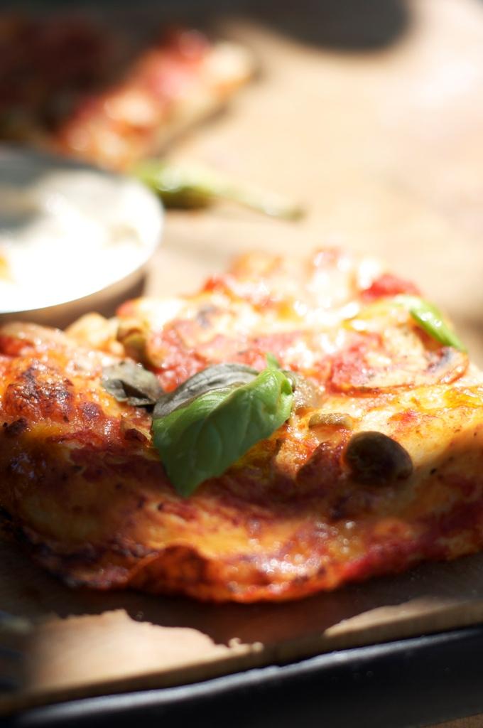 Dil Peynirinden Pizza Tarifi