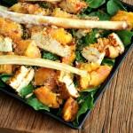 İsli Peynirli Şeftali Salatası Tarifi